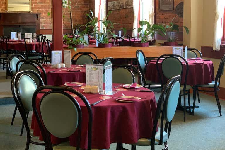 Royal Oak Hotel, 402 South Street Ballarat Central VIC 3350 - Image 2