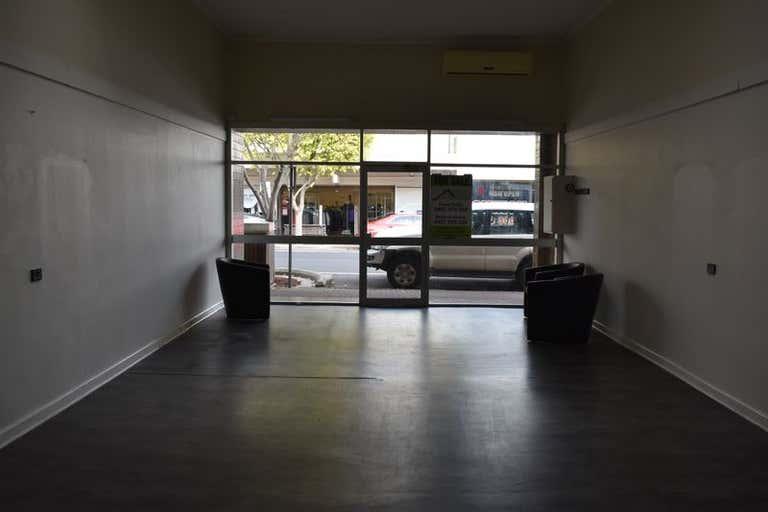 33 George Street Millicent SA 5280 - Image 2