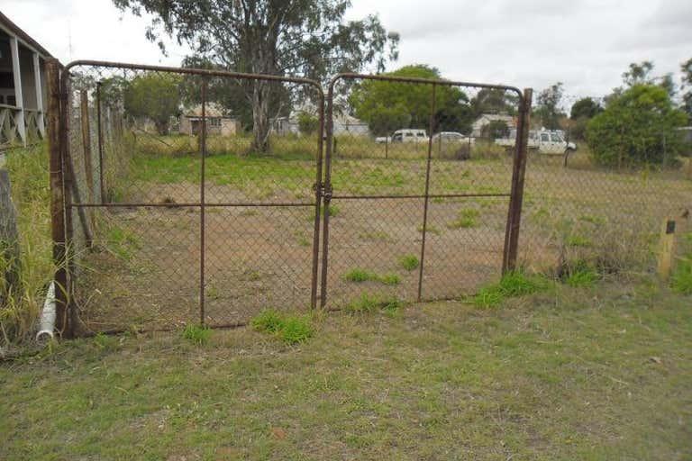 59 Hawkins Street Miles QLD 4415 - Image 4