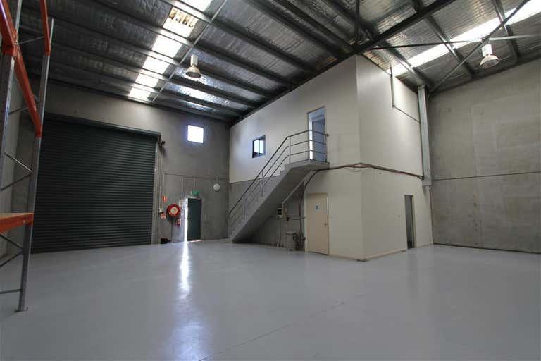 Unit 2/74-76 Oak Road Kirrawee NSW 2232 - Image 4