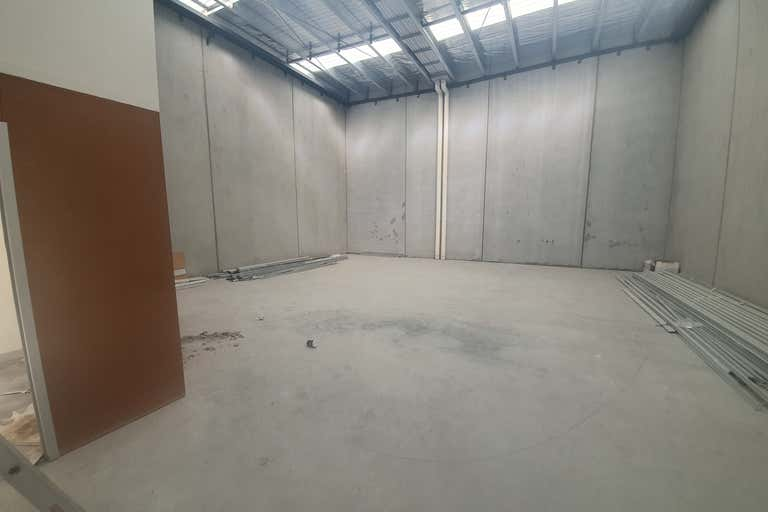 4/9-11 Industrial Circuit Cranbourne West VIC 3977 - Image 2