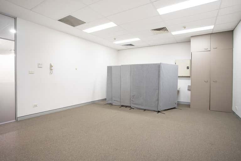 2.14, 10 Century Circuit Norwest NSW 2153 - Image 3