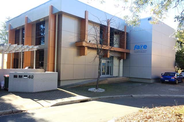 40 Thesiger Court Deakin ACT 2600 - Image 1