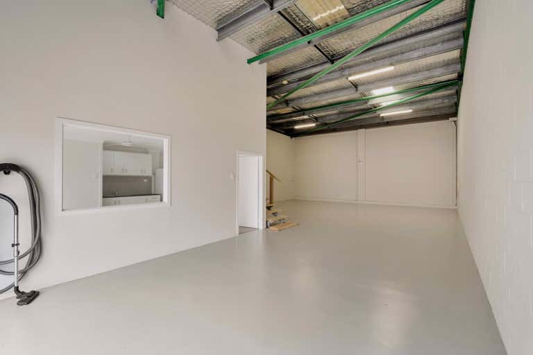 Unit 5, 13 Commercial Drive Ashmore QLD 4214 - Image 4