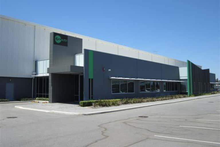8 Gauge Circuit Canning Vale WA 6155 - Image 1