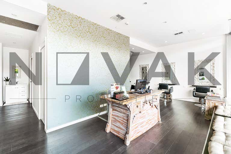 LEASED BY MICHAEL BURGIO 0430 344 700, 3/211 Ocean Street Narrabeen NSW 2101 - Image 3