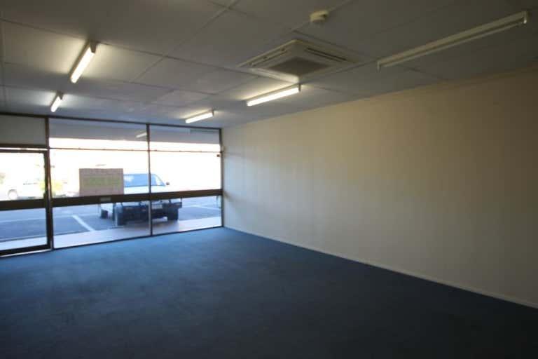 SHOP 9, 50 Gladstone Road Allenstown QLD 4700 - Image 2