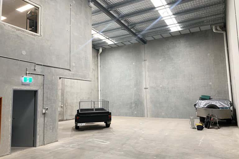 4a/18 Bluett Drive Smeaton Grange NSW 2567 - Image 2