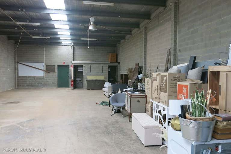 Unit 2/21-23 Levanswell Road Moorabbin VIC 3189 - Image 2