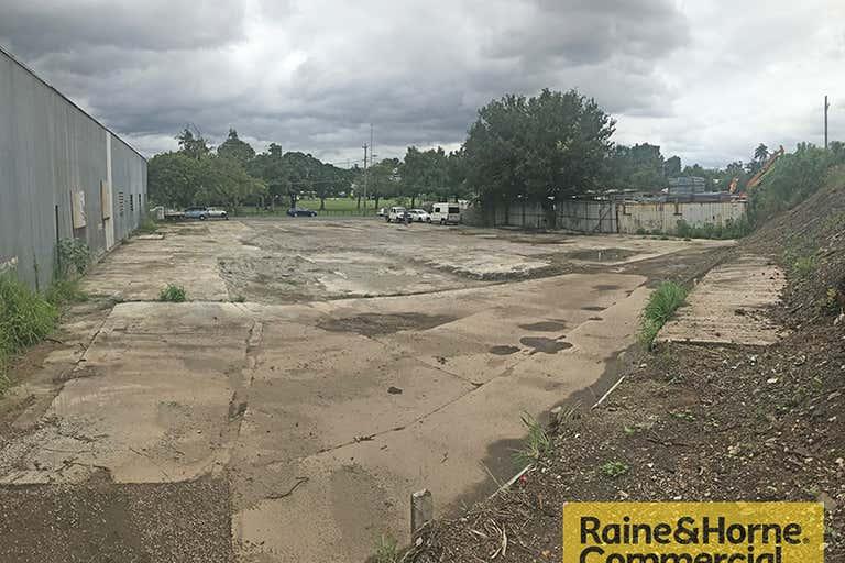 55 McDonald Road Windsor QLD 4030 - Image 3