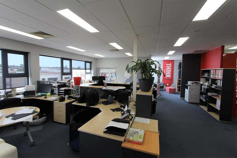 Part Office 39/3 Box Road Caringbah NSW 2229 - Image 3