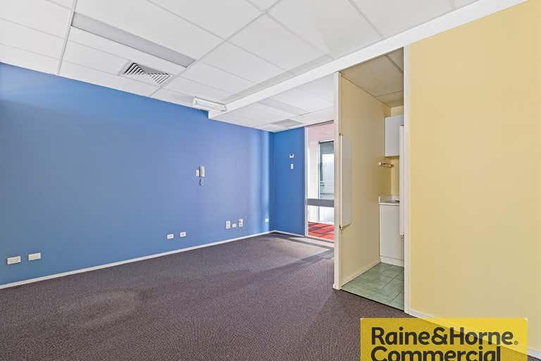 10/40 Brookes Street Bowen Hills QLD 4006 - Image 3