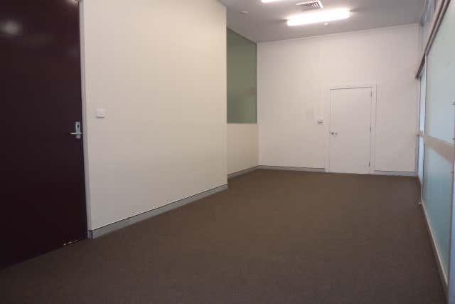 2/125 Sharp Street Cooma NSW 2630 - Image 3