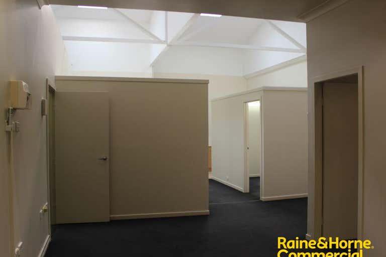 Suite 18 46-52 Baylis Street Wagga Wagga NSW 2650 - Image 3