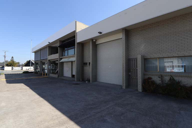 93 Ashmore Road Bundall QLD 4217 - Image 2
