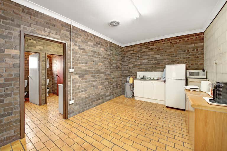 2/12 Foundry Road Seven Hills NSW 2147 - Image 4