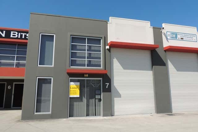7/4-12 Henry Street Loganholme QLD 4129 - Image 1