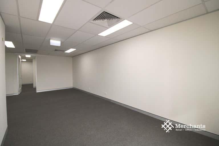1/468 Kingsford Smith Drive Hamilton QLD 4007 - Image 3