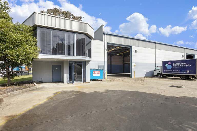8/14 Stennett Road Ingleburn NSW 2565 - Image 1