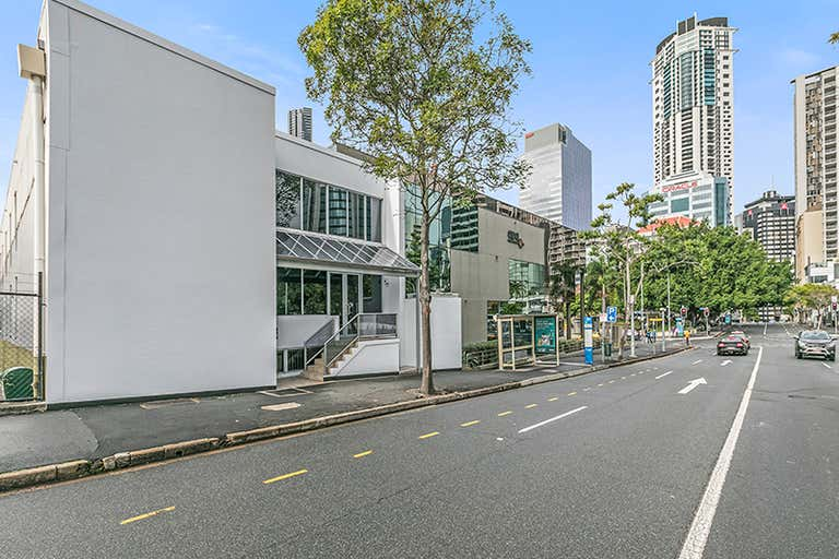 143 Wharf Street Spring Hill QLD 4000 - Image 2