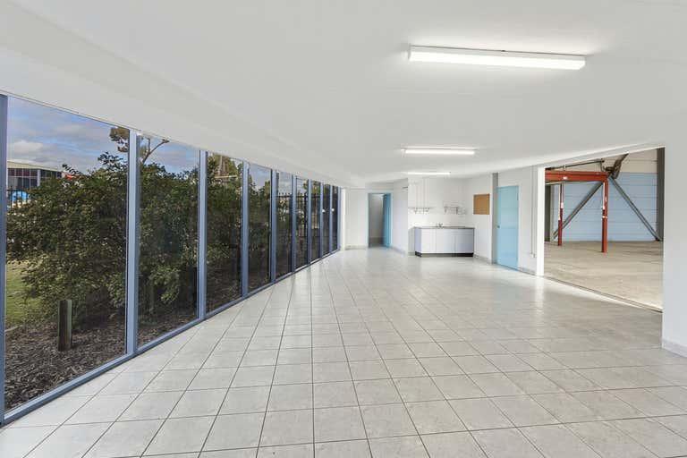 8/14 Stennett Road Ingleburn NSW 2565 - Image 2