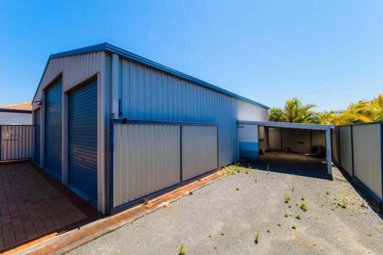 1 Chelmsford Place Parkwood QLD 4214 - Image 2