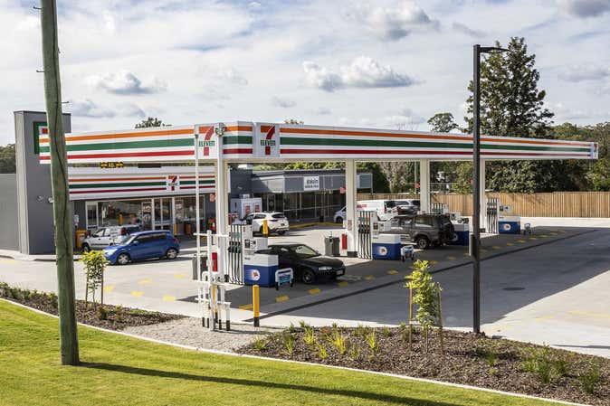 2660 Logan Road Eight Mile Plains QLD 4113 - Image 2