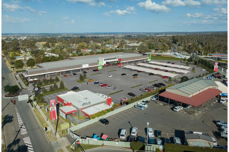Woolworths Bomaderry, 320 Princes Highway Bomaderry NSW 2541 - Image 2