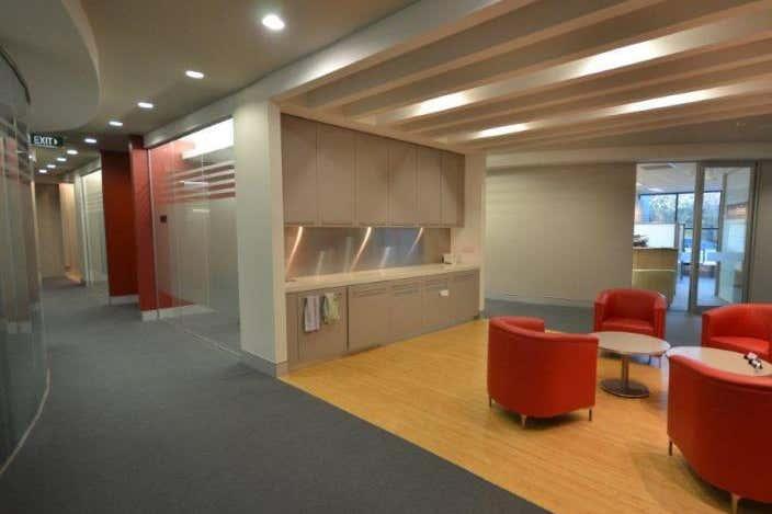 Platinum Building, Level 3 Suite 3.31, 4 Ilya Ave Erina NSW 2250 - Image 1