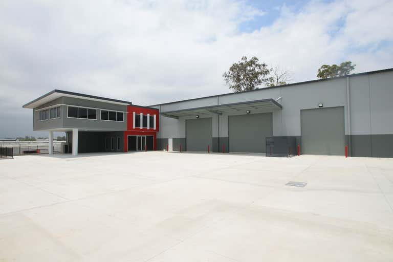 18 Network Place Richlands QLD 4077 - Image 1