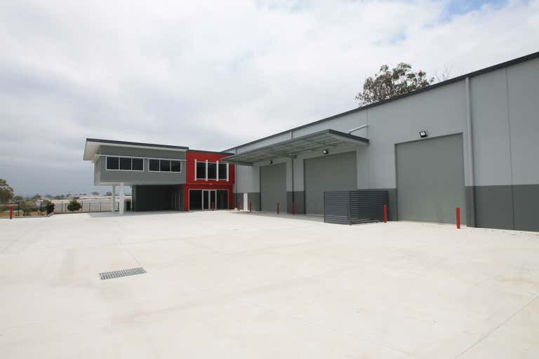 18 Network Place Richlands QLD 4077 - Image 2