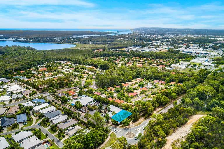 4 & 5/6 Swanbourne Way Noosaville QLD 4566 - Image 2