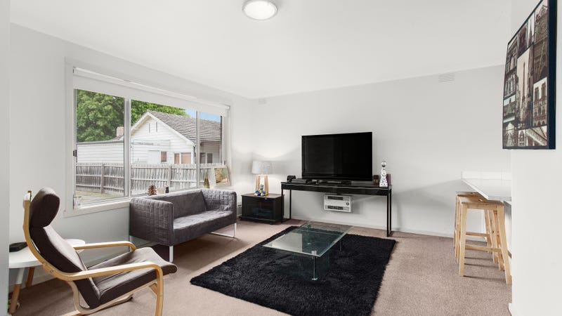 2/9 Albany Road, Oakleigh East, Vic 3166