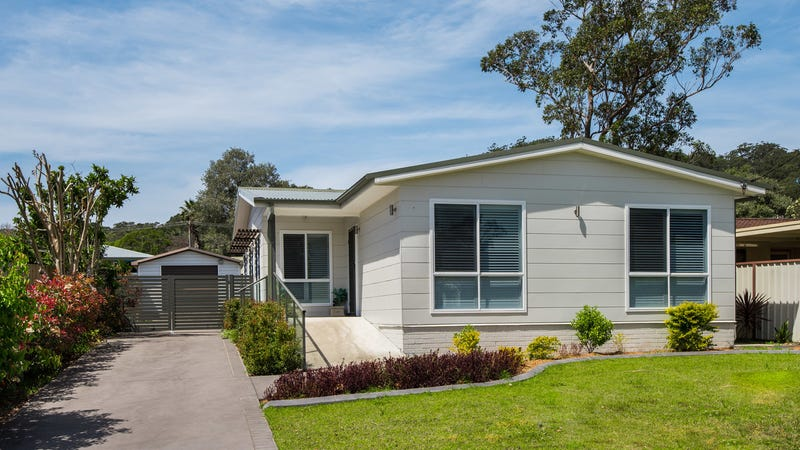 74 North Cres, Wyoming, NSW 2250
