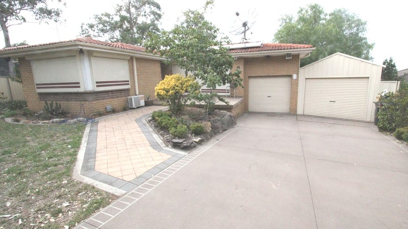26 Pensacola Place, Casula, NSW 2170
