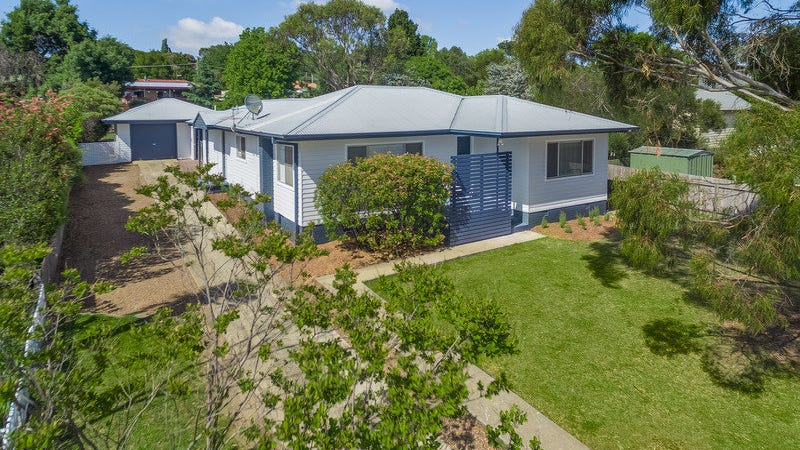 26 Lambs Avenue, Armidale, NSW 2350