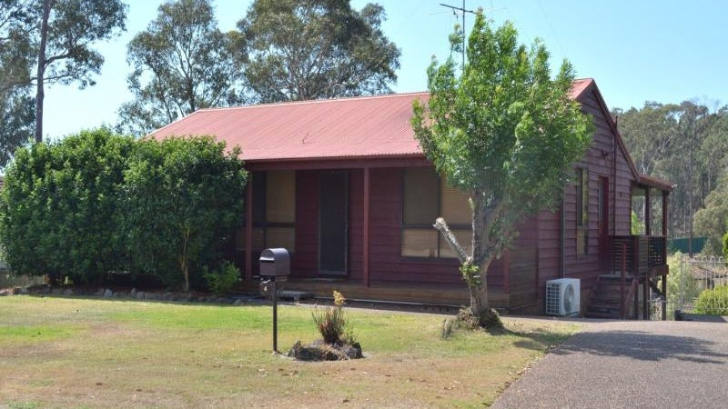 4 Windward Close, Woodrising, NSW 2284