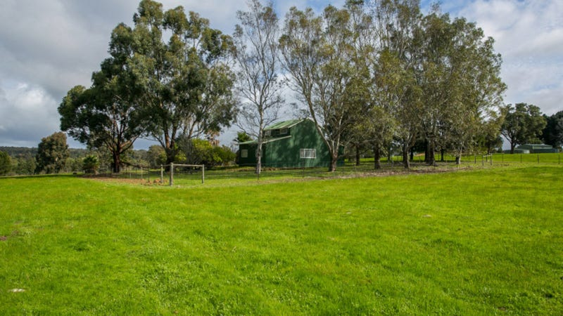 36 Limousin Way, Lower Chittering, WA 6084