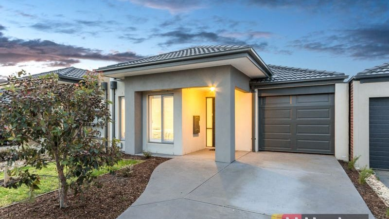 26 Pyrenees Road, Clyde, Vic 3978