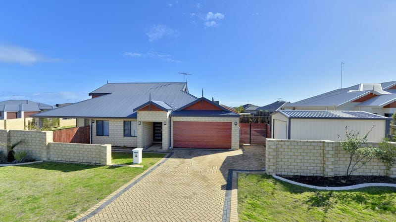 20 Bookleaf Loop, Halls Head, WA 6210