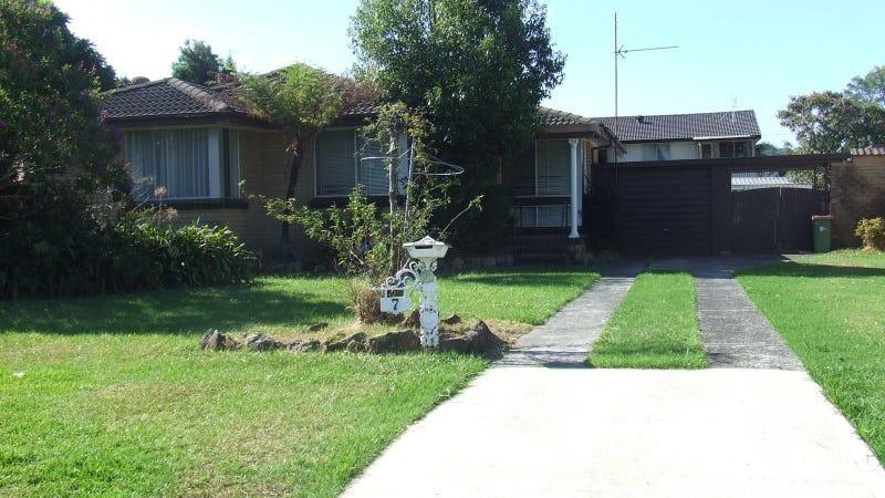 7 Kulara Avenue, West Gosford, NSW 2250