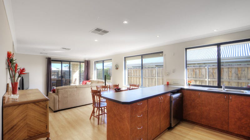 3 Longton Way, Ellenbrook, WA 6069