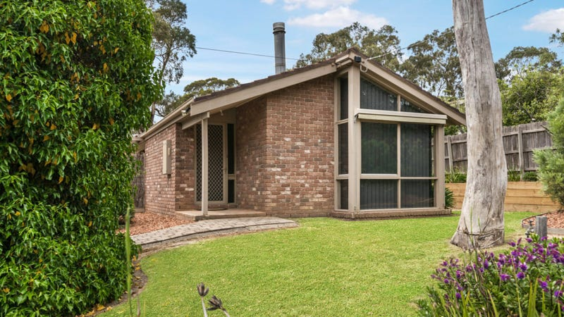 8 Fairway Drive, Kilmore, Vic 3764