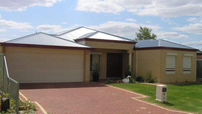 32 Elliot Place, Thornlie, WA 6108