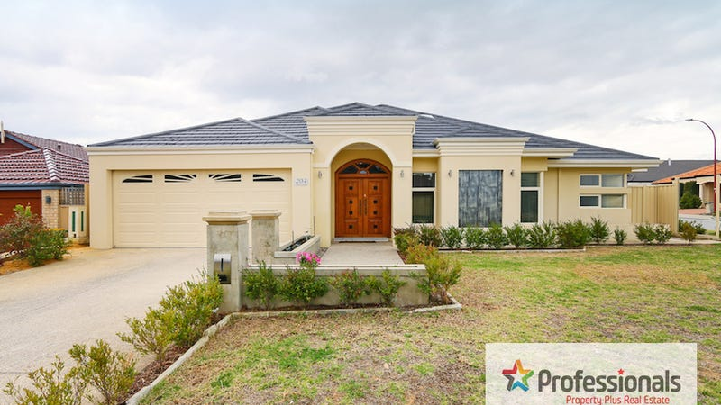204 Amherst Road, Canning Vale, WA 6155