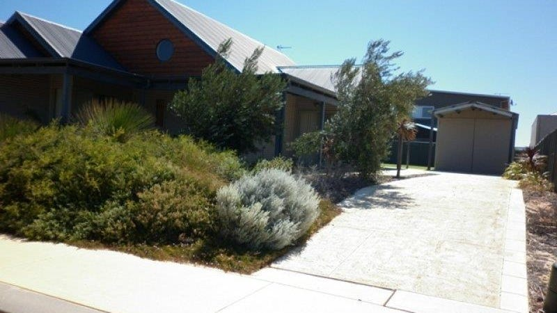 7 Boronia Turn, Jurien Bay, WA 6516