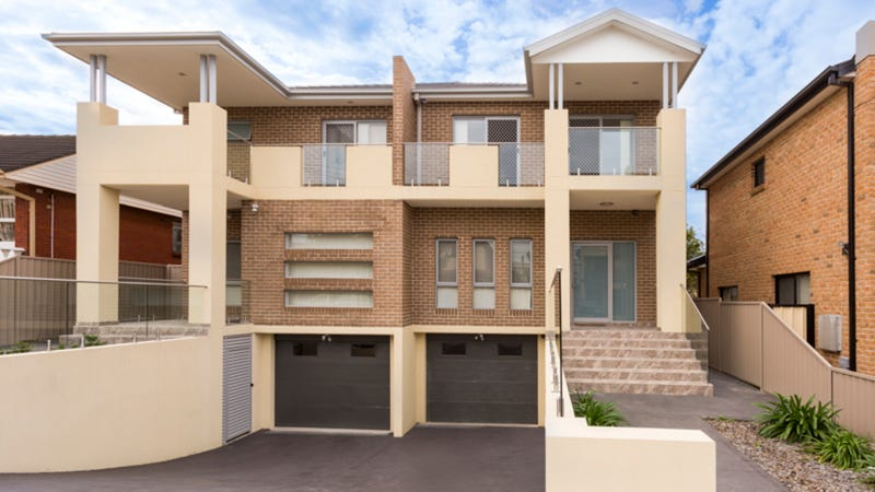 2C Latvia Avenue, Greenacre, NSW 2190