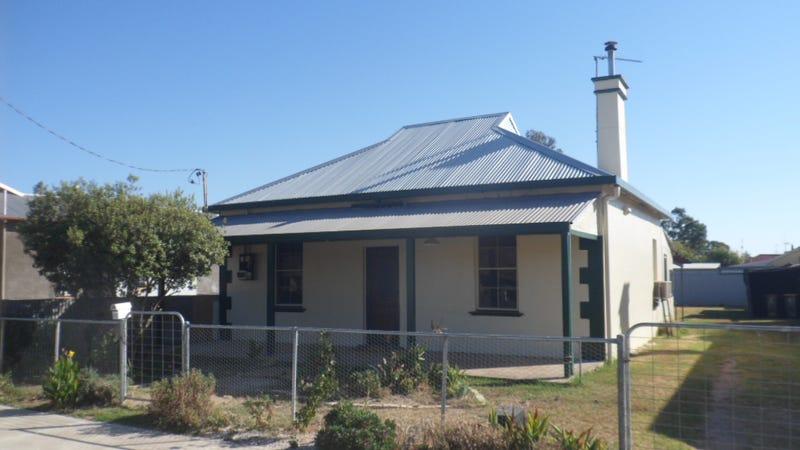 43 Blatchford Street, Canowindra, NSW 2804