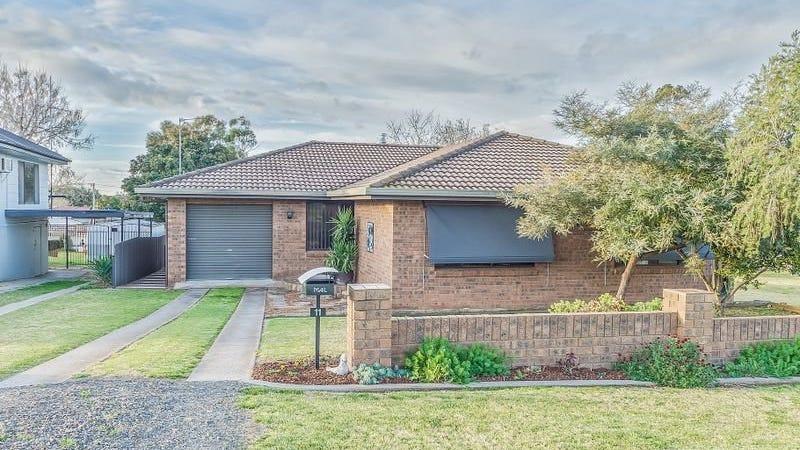 11 Lyall Street, Cowra, NSW 2794