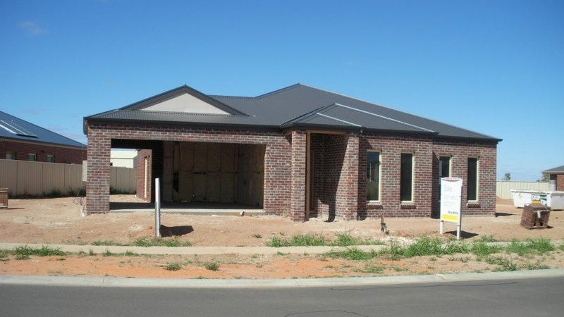 7 Barraclough Way, Mildura, Vic 3500